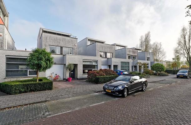 Lunshof makelaars Amstelveen en Amsterdam - Herman Heijermanshof 3   Amstelveen