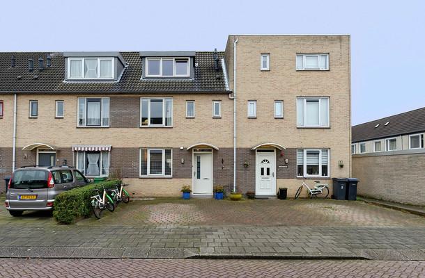 Lunshof makelaars Amstelveen en Amsterdam - Henriëtte Bosmanslaan  4   Amstelveen