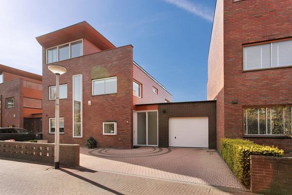 Lunshof makelaars Amstelveen en Amsterdam - Lucebertlaan  5   Amstelveen
