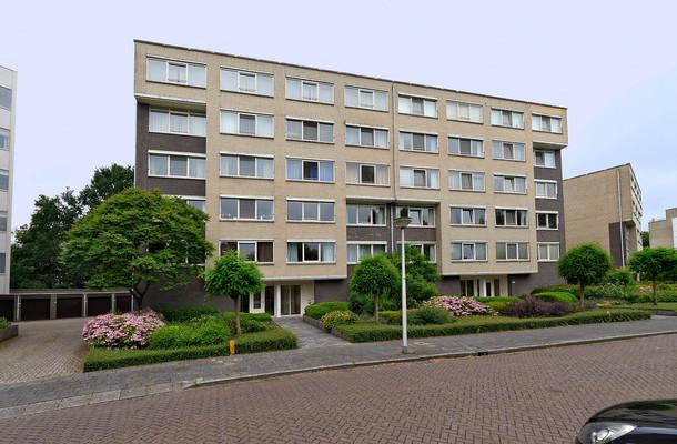 Lunshof makelaars Amstelveen en Amsterdam - Kastanjelaan 281   Amstelveen