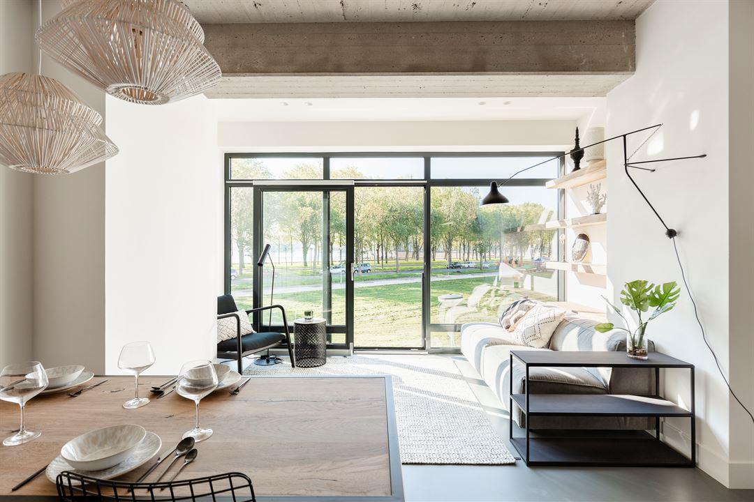 Lunshof makelaars Amstelveen en Amsterdam - Burgemeester Hogguerstraat 397  Amsterdam