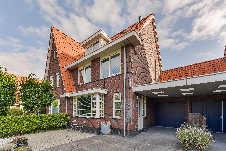 Lunshof makelaars Amstelveen en Amsterdam - Karperstraat 15  Aalsmeer