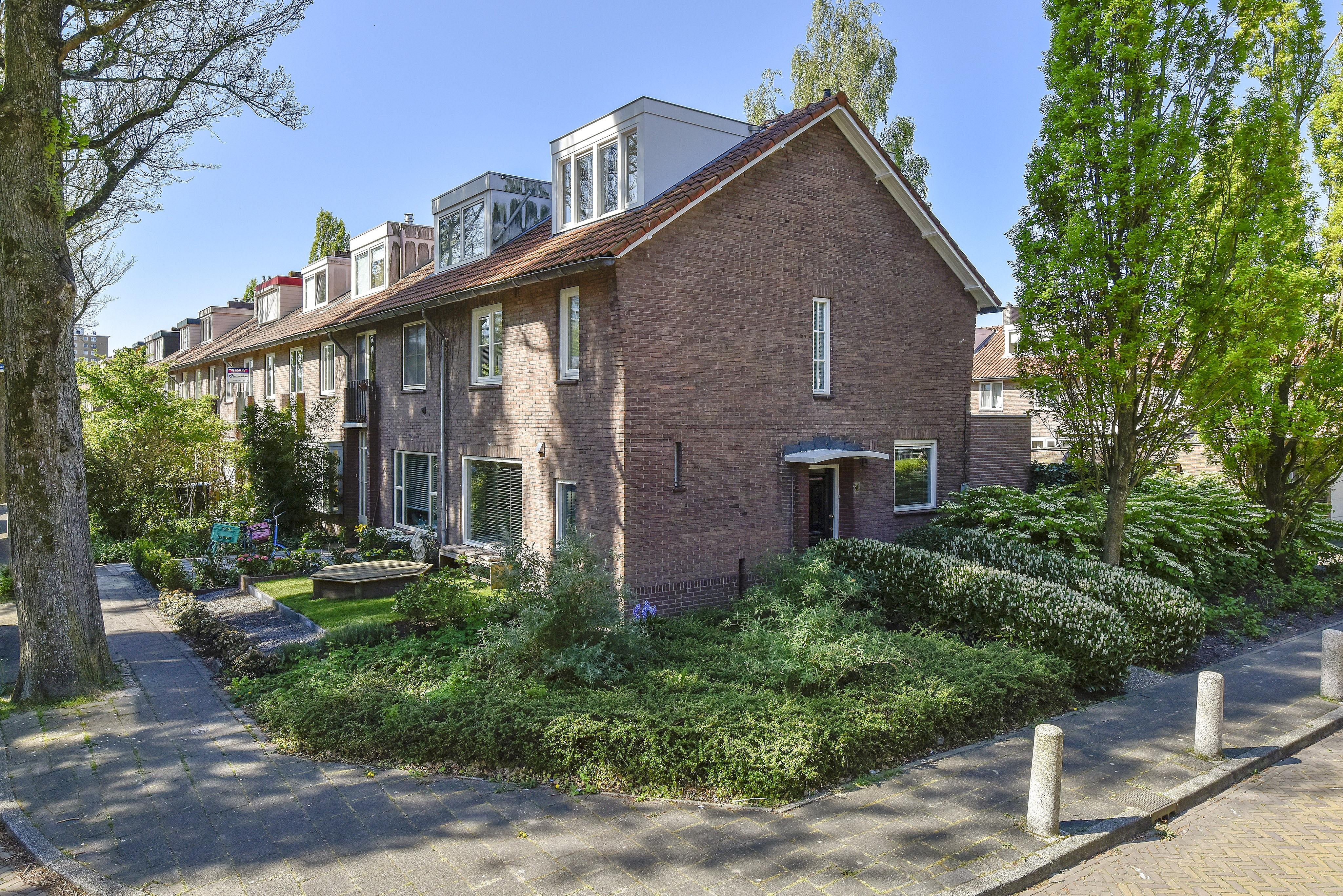 Lunshof makelaars Amstelveen en Amsterdam - Adriaen van Ostadelaan 7  Amstelveen
