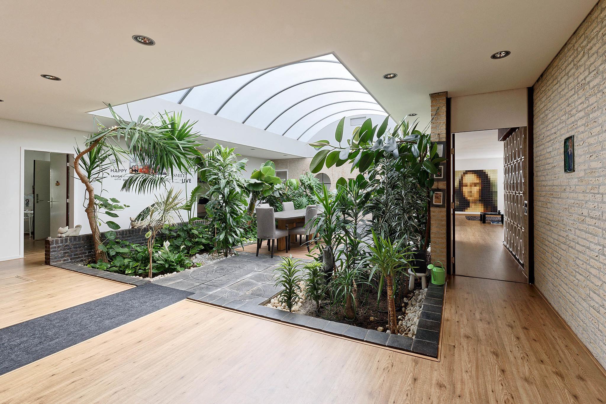 Lunshof makelaars Amstelveen en Amsterdam - In de Wolken 240  AMSTELVEEN