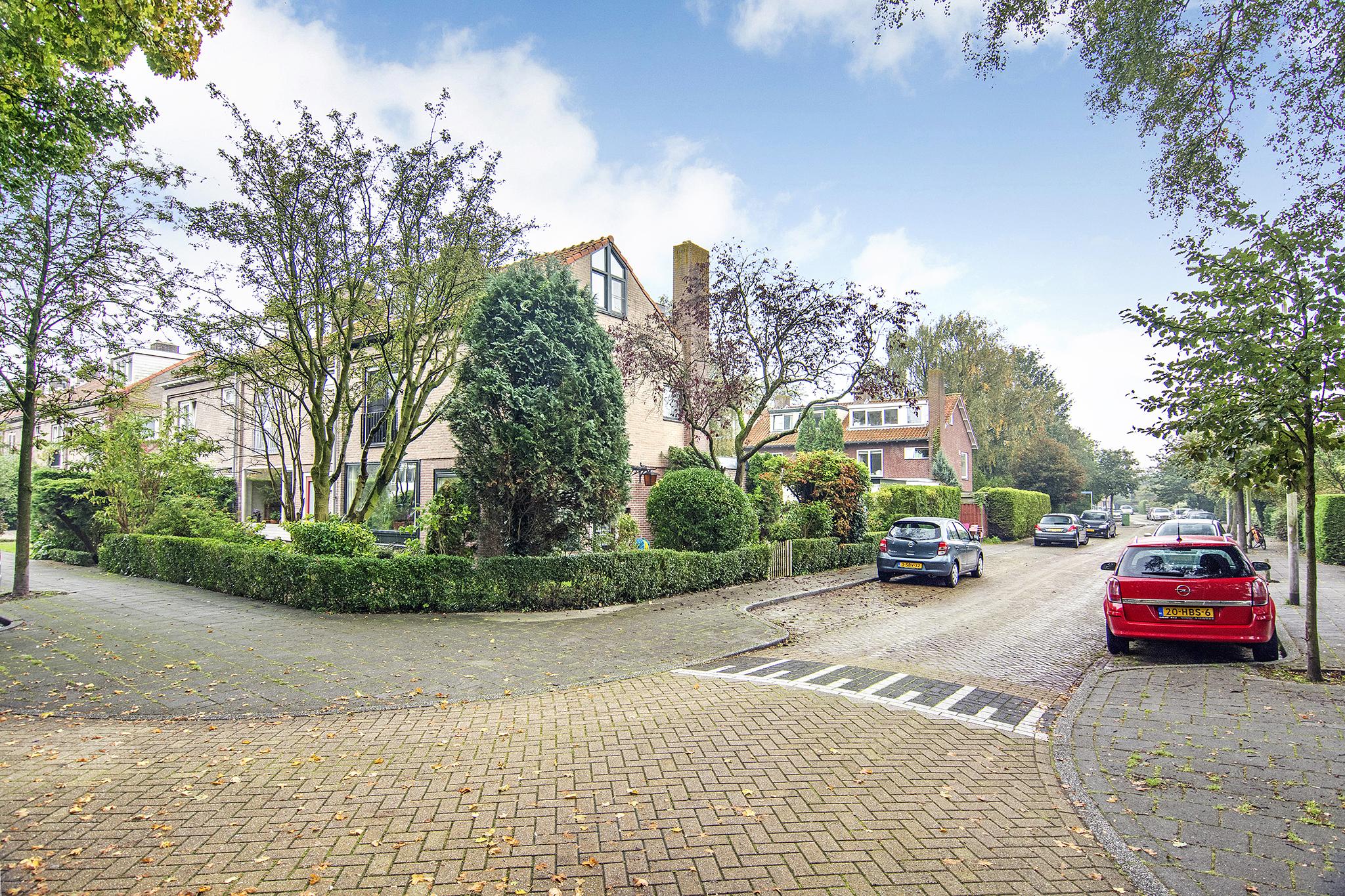 Lunshof makelaars Amstelveen en Amsterdam - Troskerslaan 2  AMSTELVEEN